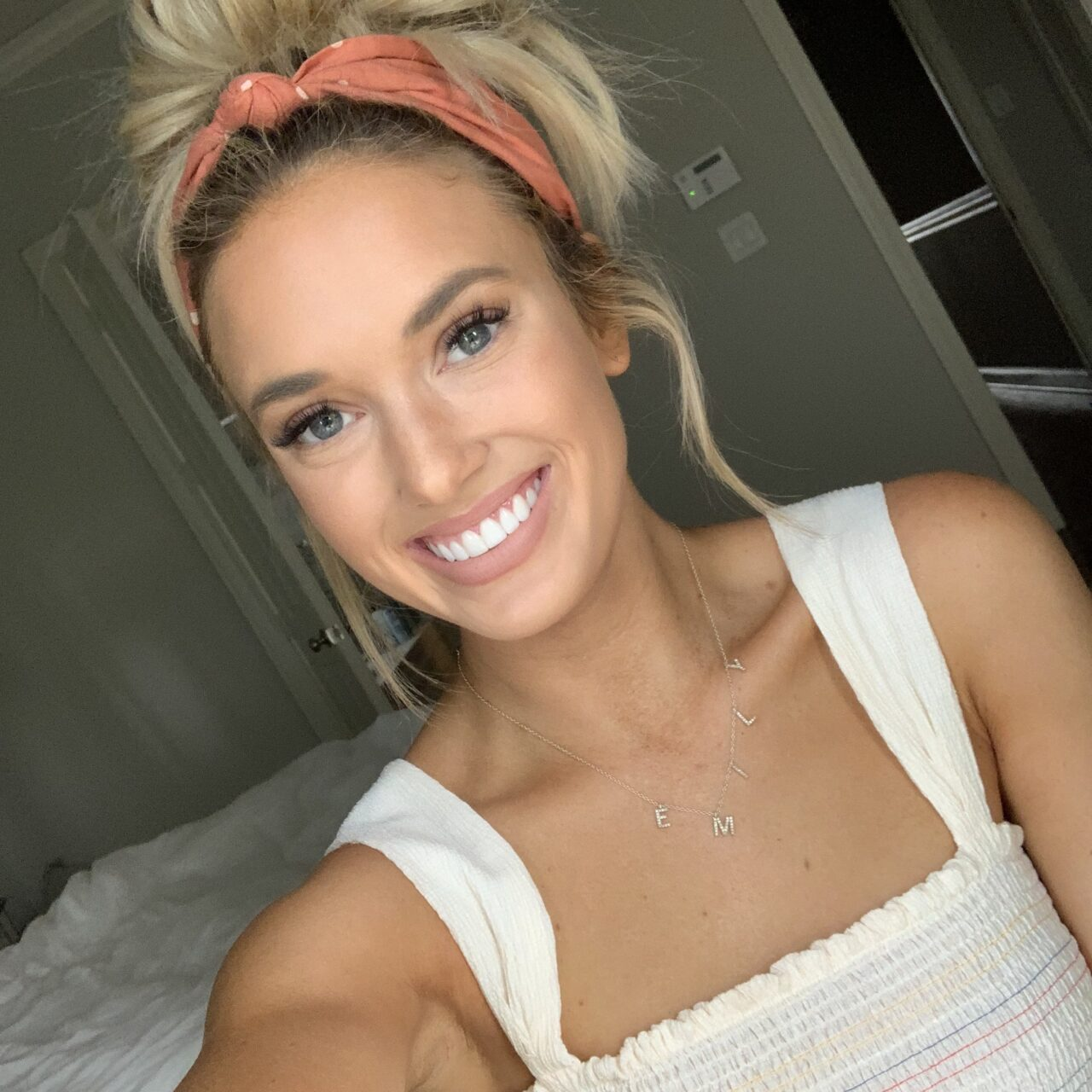 Summer Glow Makeup Tips